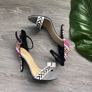 New! Chinese Laundry Tribal Neon Pink Print Heels